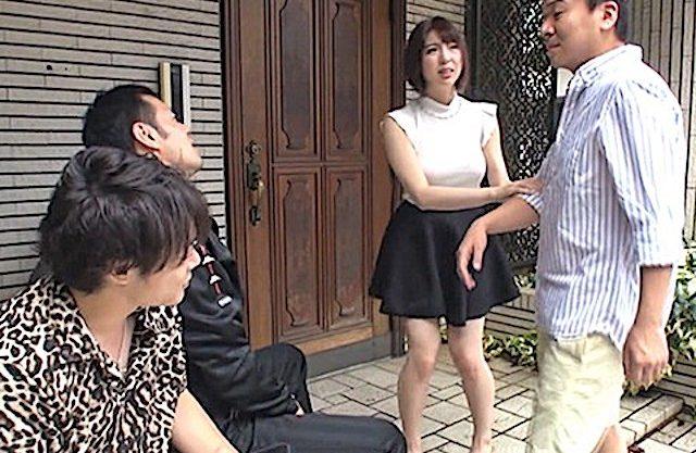 <NTR>「妊婦がいるから家の前でタバコはやめろ」近所のDQNに注意!実はDQN共と妻が中出しセックスしまくっていたww