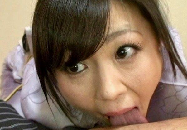 *円城ひとみ*「誠心誠意、舐めさせていただきます!」小料理屋の女将のエロい舌ww