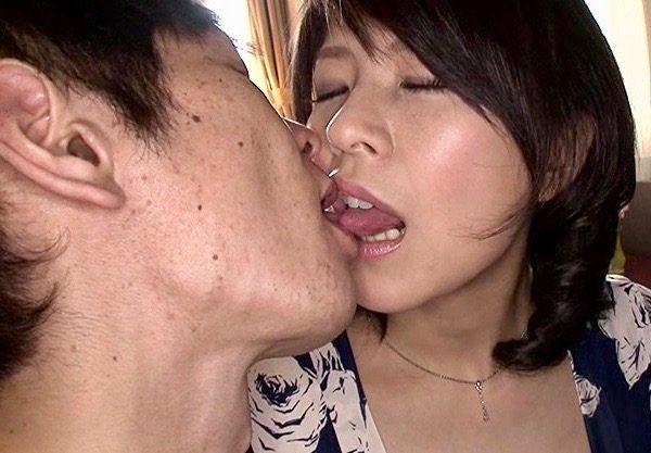 *笹山希* 脂ののった人妻はやっぱりセックスに飢えているww