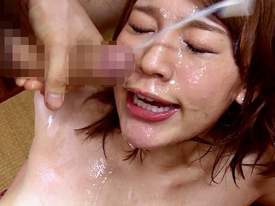 *本田莉子*男子寮生達の精液で汚される寮母www