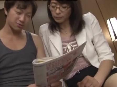*矢部寿恵*「逞しくなったら社会復帰出来ますわ!!」引きこもり続けた弟を更生させたカリスマ熟女カウンセラーNTRファックww