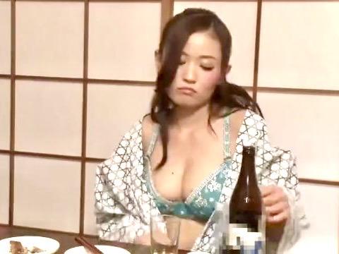 *企画*女上司と酒を飲んだら痴女化して手が付けられない!!普段は見せないエロいOLをチャンスとばかりに寝取りファックwww